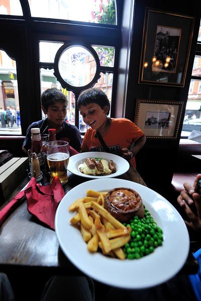 tavern food