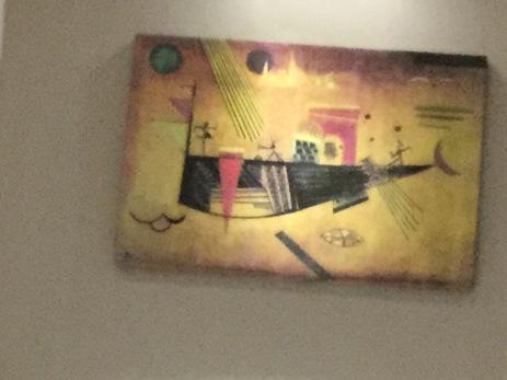 Dunking strange looking modern art!