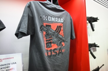 Gun with USA + KOMRAD!! Now that's MURICAN power!!!