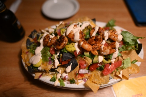 Here is a big plate of nachos.